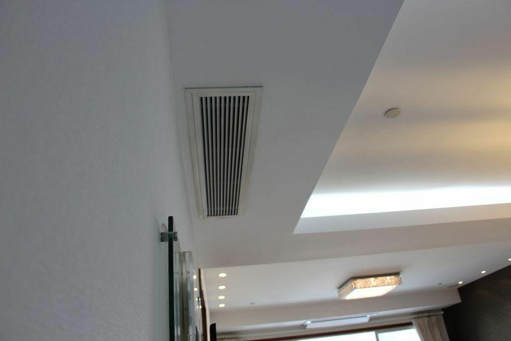清洗中央空调风口